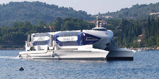 Современное быстроходное судно ''Adriatic Jet''